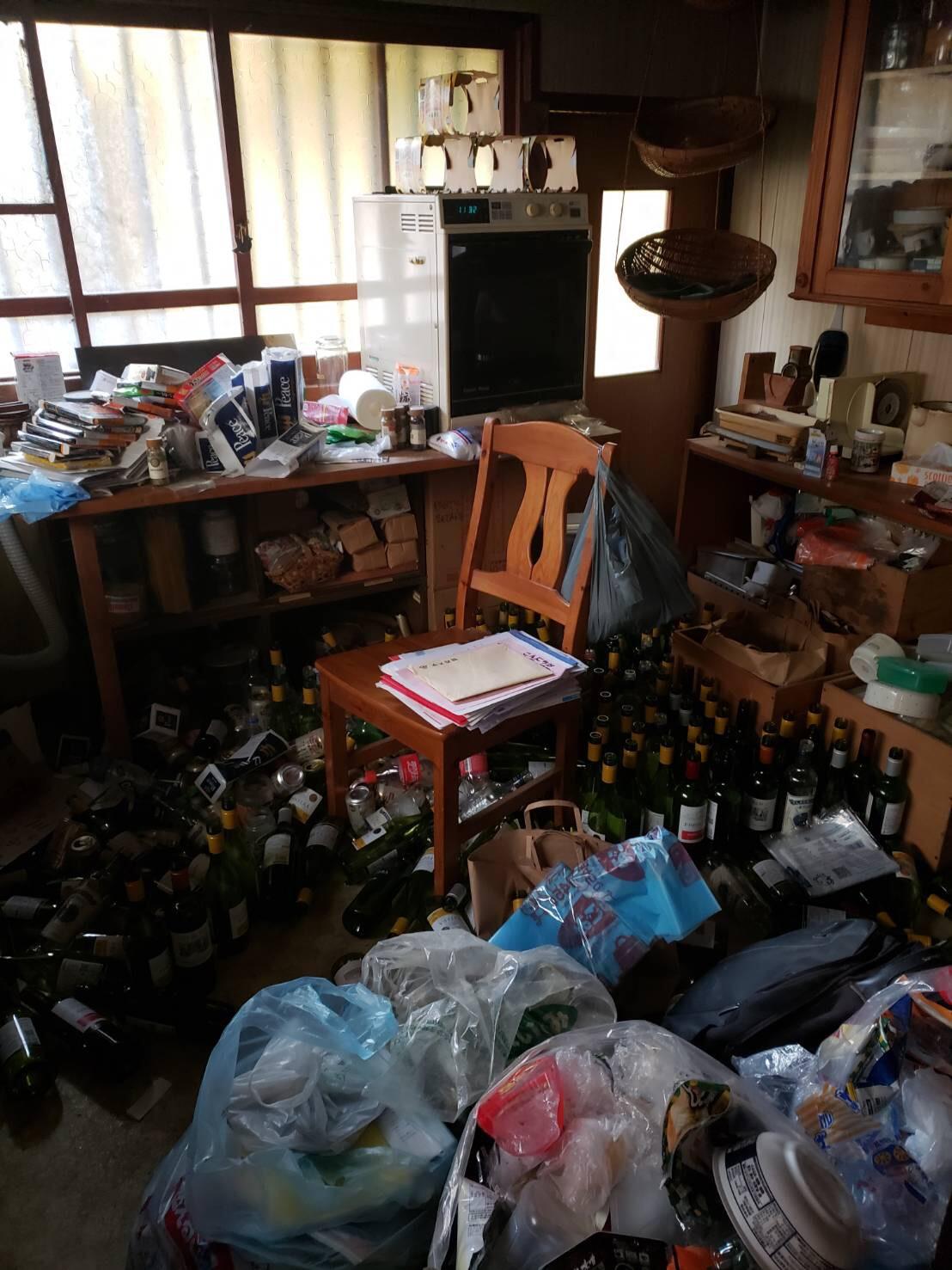 神戸市の遺品整理の事例(整理前)