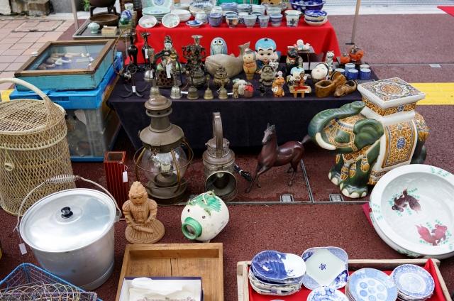 遺品整理で骨董品が出た際の対処方法